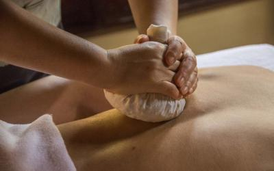 Hot Herbal Ball Massage